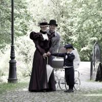 Stroje rodziny z lat 90-tych XIX wieku